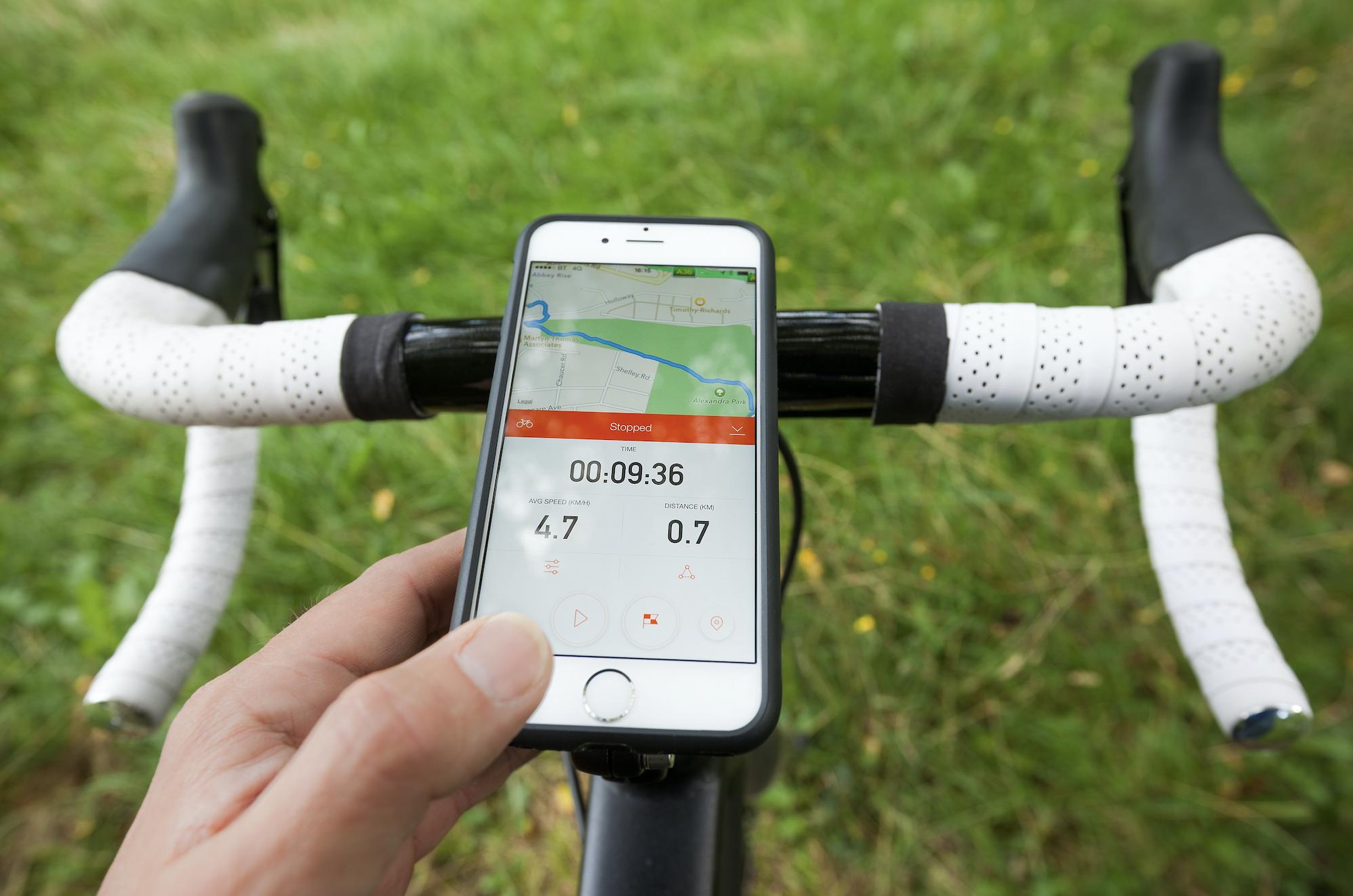 あなたのロードバイクに最適なiPhoneホルダーを見つけよう!オススメ5選