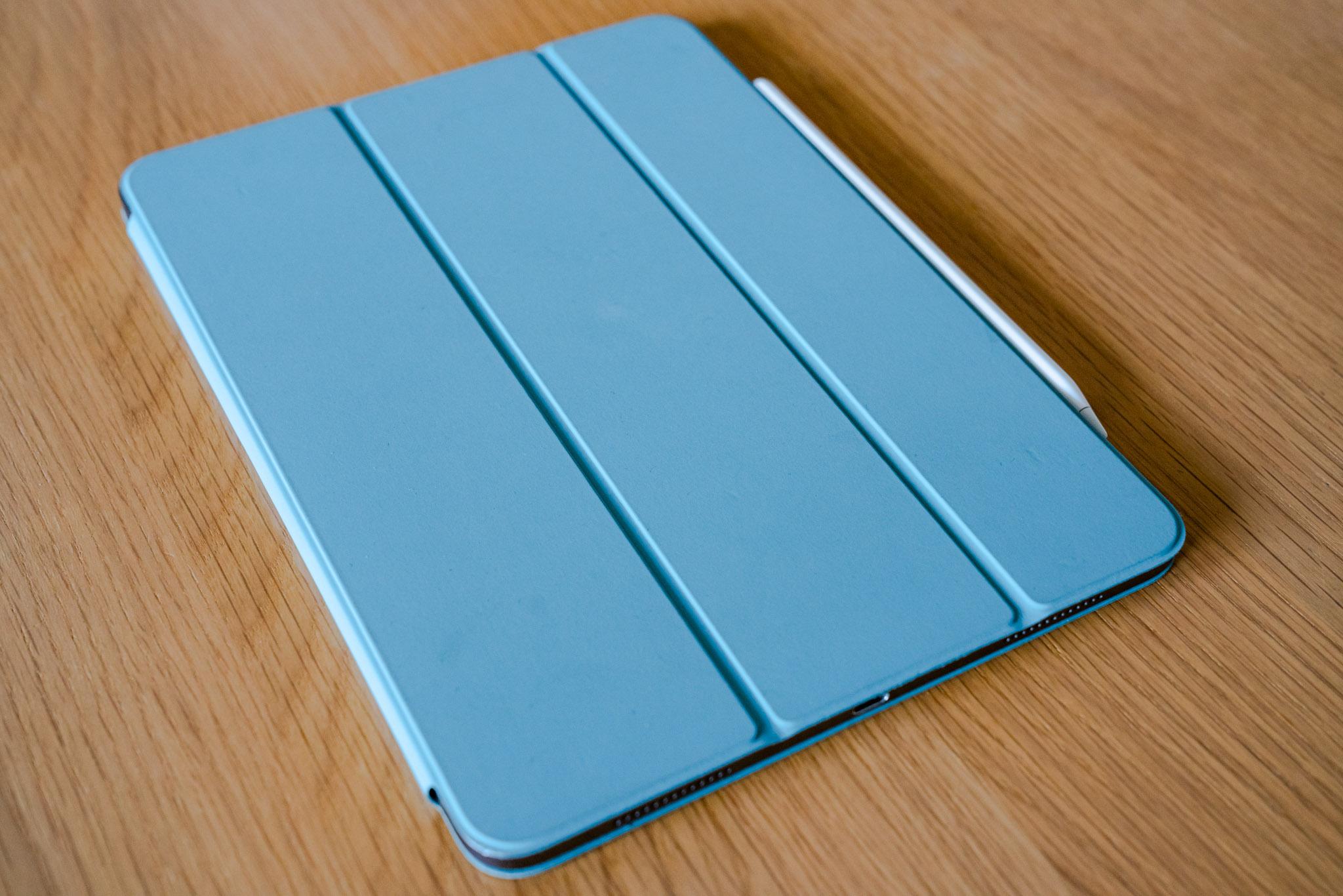 やっぱりiPad Pro のカバーは純正がいい / Smart Folio Cover